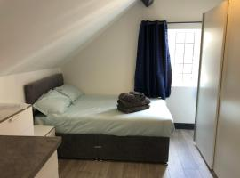 Frodsham Street Apartment