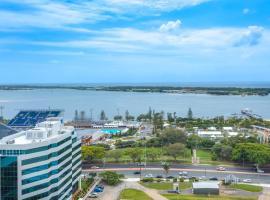 Luxury Ocean View Apartment.Walk to everywhere