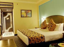 新德里苏尔亚酒店