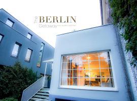 The Berlin Getaway / 80qm in Berlin's Historic Diplomatic Quarter