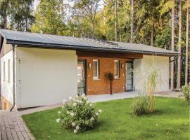 Two-Bedroom Apartment in Crinitzberg/Barenwalde