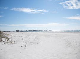 **NEWLY RENOVATED! Beach Home - Couples Retreat
