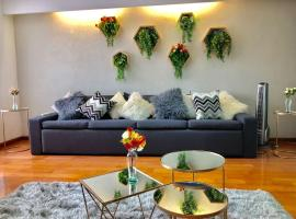 LUXURY HOUSE - Casa Familiar hasta 15 personas
