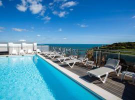 卡尔维海滩酒店