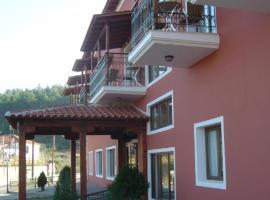 斐罗克斯尼娜酒店