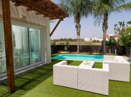3 Bedroom Villa with swimming pool