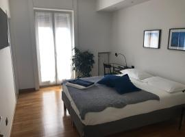 Feel@Home Apartment+Rooms,位于米兰的公寓