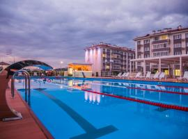 Barkhatnye Sezony Russky Dom Resort Semeiny Kvartal,位于阿德勒的酒店
