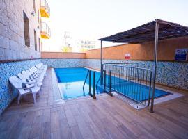 Tzabar Hotel,位于埃拉特埃拉特长廊附近的酒店
