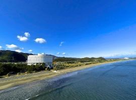 宫崎ANA假日酒店,位于宫崎的酒店