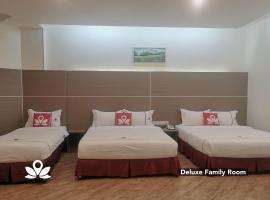 ZEN Rooms Ambassador Residence