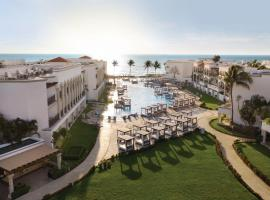 Hilton Playa del Carmen, an All-Inclusive Adult Only Resort,位于普拉亚卡门的度假村