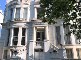拉夫纳格拉酒店,位于伦敦的酒店