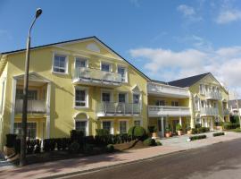 阿科纳海滩公寓,位于宾茨的公寓