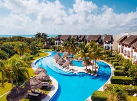 瓦伦丁玛雅帝国成人全包酒店 ,位于莫雷洛斯港的度假村