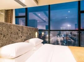 瓦当瓦舍酒店·成都金融环球中心店,位于成都的酒店