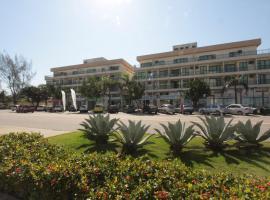 蓬塔尔海滩公寓酒店