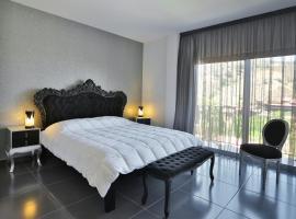 水晶酒店, Kakopetria