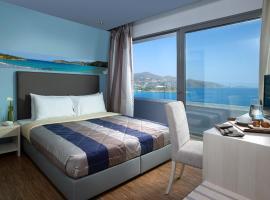 米斯特拉尔海湾酒店