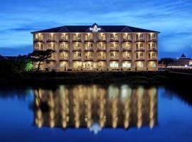 海滨河流旅馆