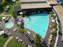 特罗亚度假酒店 - 水族套房公寓式酒店特罗亚月和里奥