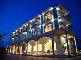 维斯普西酒店, 切萨雷奥港