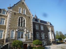 林多斯城堡酒店