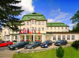 宫殿俱乐部酒店