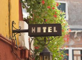 达拉莫拉酒店