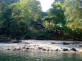 PlayaSelva Lodge