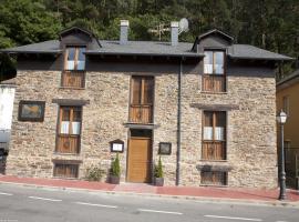 Apartamentos Turisticos A Estacion
