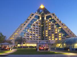迪拜莱福士酒店