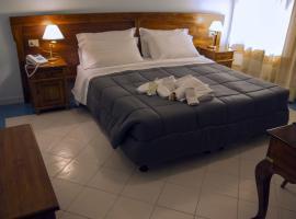 马里尼酒店