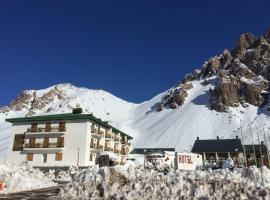 Ayelen Hotel de Montana, Los Penitentes