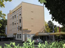 斯科鲁瑟尔贝宁根酒店