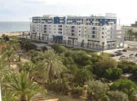 乐摩纳哥酒店和海水浴