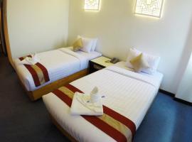 普吉镇酒店