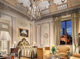 锡耶纳欧陆式大酒店 - 克莱基奥内星级酒店