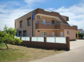 安娜玛利亚公寓, Kaštela