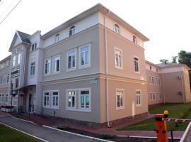 伯德瓦尔酒店, 图拉