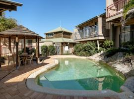 Point Lookout Beach Apartments