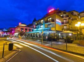 沿海酒店, 埃维昂莱班
