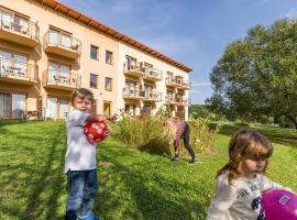 科莱兹家庭酒店,位于菲尔斯滕费尔德附近洛伊佩尔斯多夫的酒店