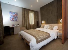 伊比利亚迪杜贝酒店