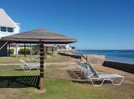 希罗夫茨海滩上酒店, 弗利盖特湾