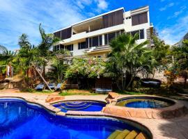 ME Hotel & Villas - Montañita Estates