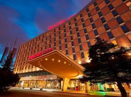 波兹南中心美居酒店