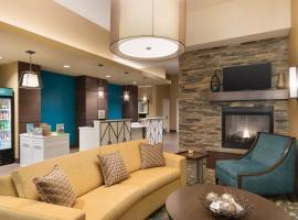 卡尔加里市中心希尔顿惠庭套房酒店