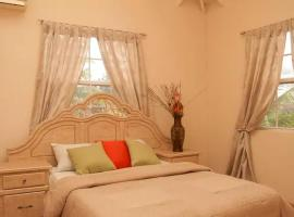 Stylish Villa-Country feel - 3 Ensuite Bedrooms