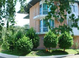 诺维贝尔赫游艇俱乐部酒店, 博缇诺 (Pirogovskoye Reservoir附近)